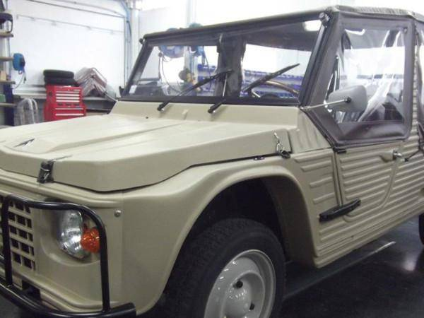 Méhari Older Model beige (1978)
