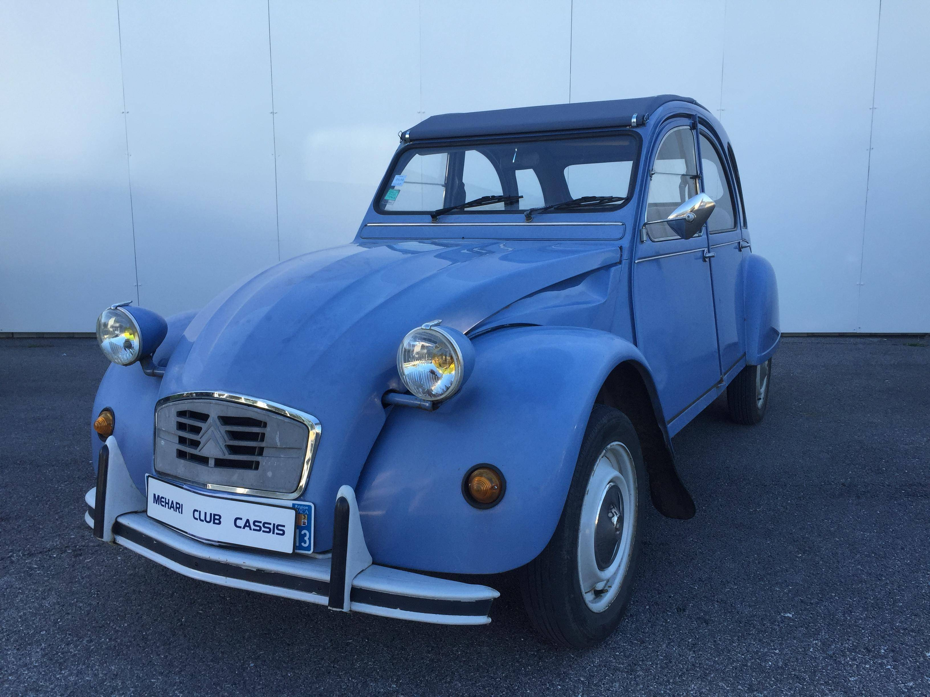2cv6 sp ciale bleue 1987 mehari 2cv club cassis. Black Bedroom Furniture Sets. Home Design Ideas