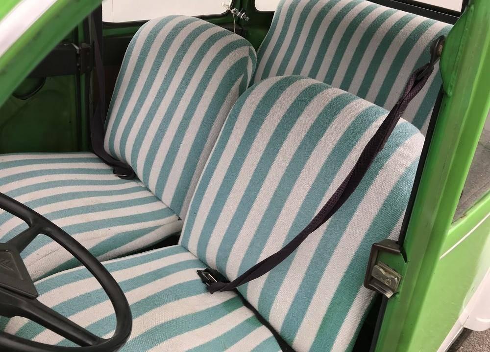 2cv blanche et verte 1976 mehari 2cv club cassis. Black Bedroom Furniture Sets. Home Design Ideas